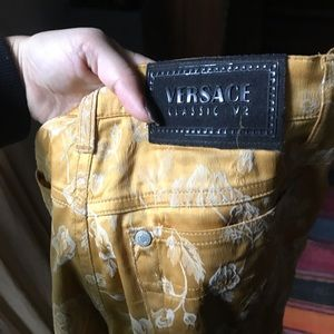 Gold Versace Booty Shorts!
